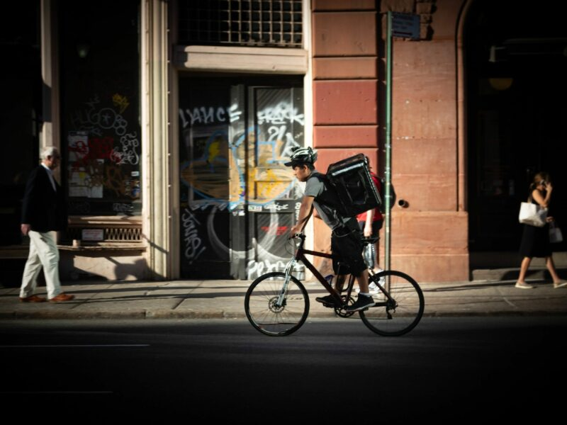 Popular Food Delivery Services Revolutionising the Gig Economy